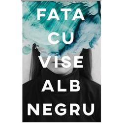 Fata cu vise alb-negru - Andreea Russo